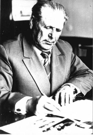 En Tundrija, permaneció como director y responsable de la Casa el que lo fuera ya en Jersón,  Anton Vasilievich Kravchenko