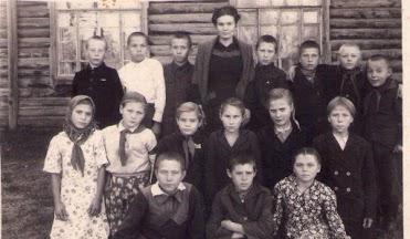 Grupo de niños con la maestra