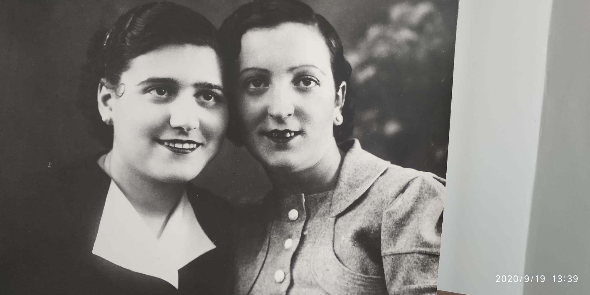 Conchita Menéndez y Martina Tobías, profesoras de Jerson.